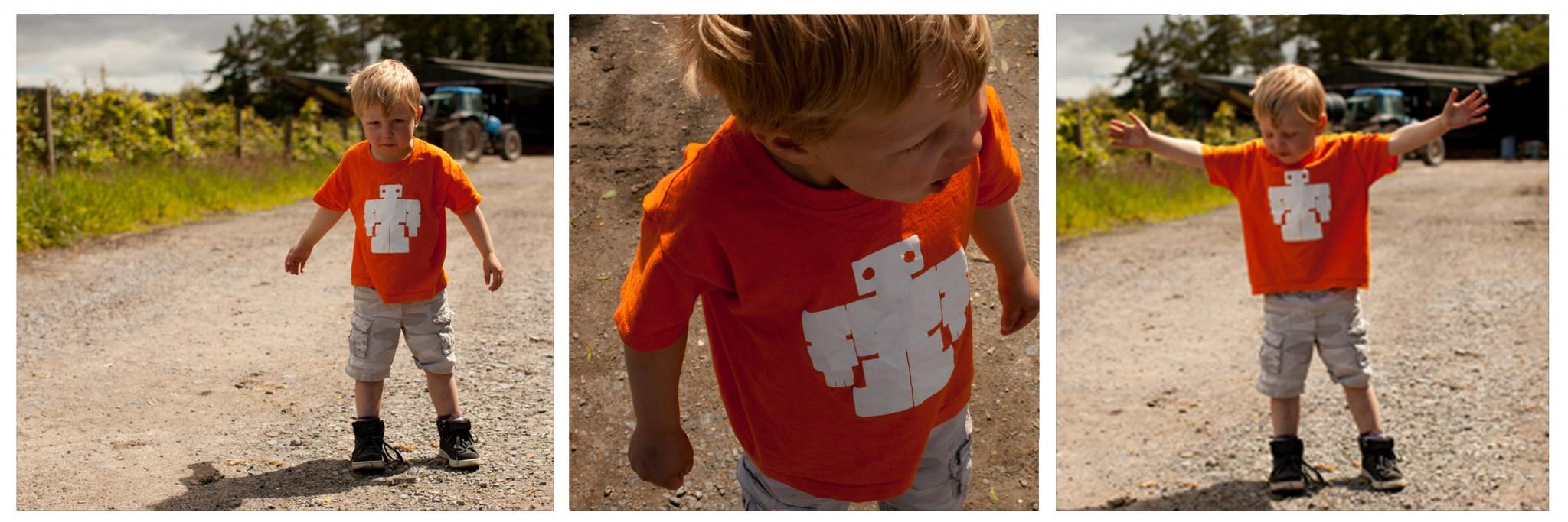 kids orange bot t-shirt